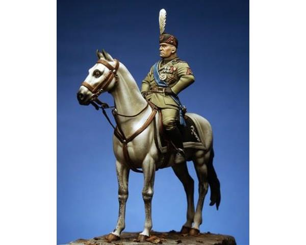 ROMEO MODELS: 54 mm. ; Benito Mussolini (mounted)
