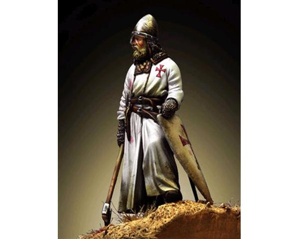 ROMEO MODELS: 54 mm. ; Template Warrior with axe - XIII Century